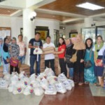 MARAWI EVACUEES IN MAKILALA RECEIVE ADDITIONAL FOOD ITEMS FROM DSWD 12