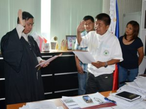 Mayor Caoagdan, Makilala-elected officials take oath of office